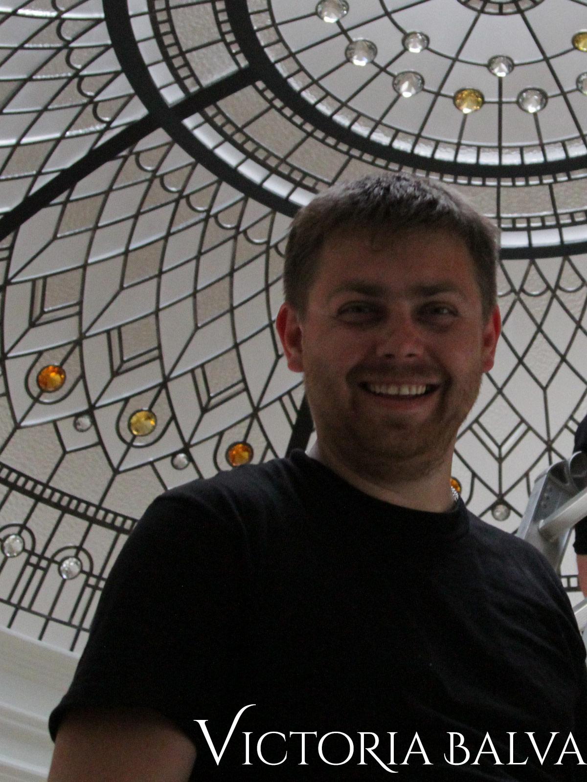 Yurii Serhieiev, team member of Victoria Balva Glass Studio