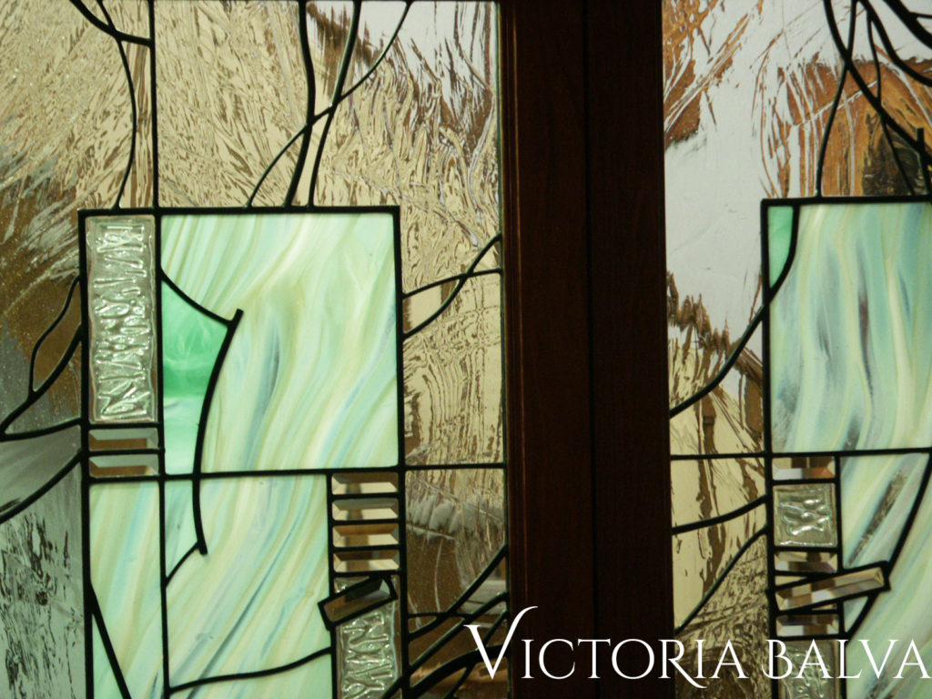 Mouth blown glass for modern stained glass design