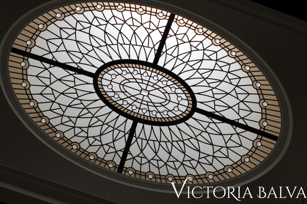 Classic leaded glass oval domed ceiling