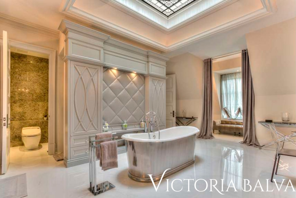 Luxury master bathroom suite with leaded glass ceiling for custom built house in Toronto