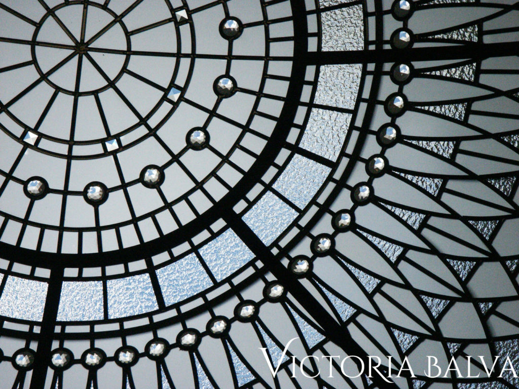 Stained and leaded glass dome ceiling design for contemporary custom built hose in Vaughan